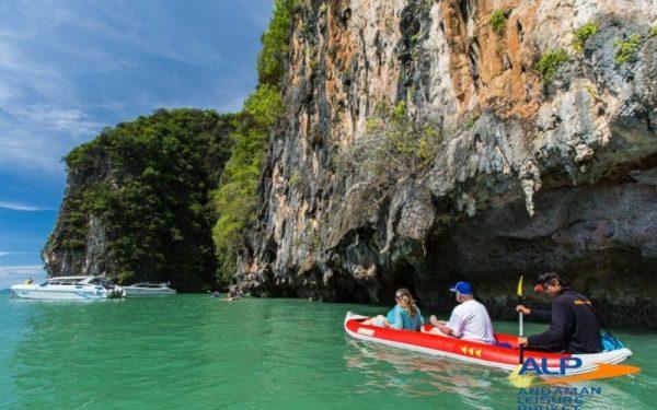 paket tour phuket thailand